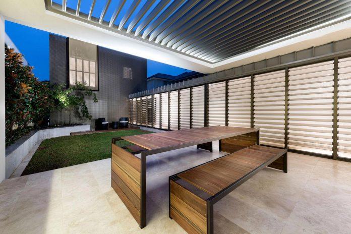 minimalistic-bronze-metalwork-exterior-chamberlain-street-residence-weststyle-design-development-43