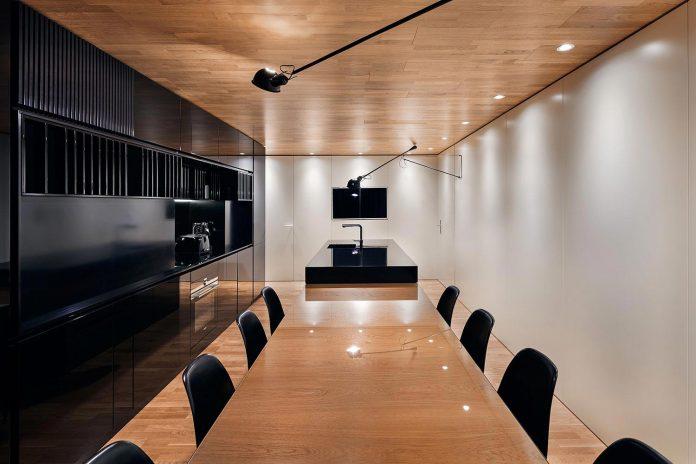 modern-city-loft-combine-black-white-natural-wood-designed-studio-mode-sofia-bulgaria-08