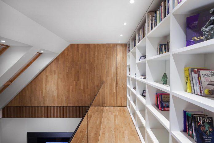 modern-city-loft-combine-black-white-natural-wood-designed-studio-mode-sofia-bulgaria-13