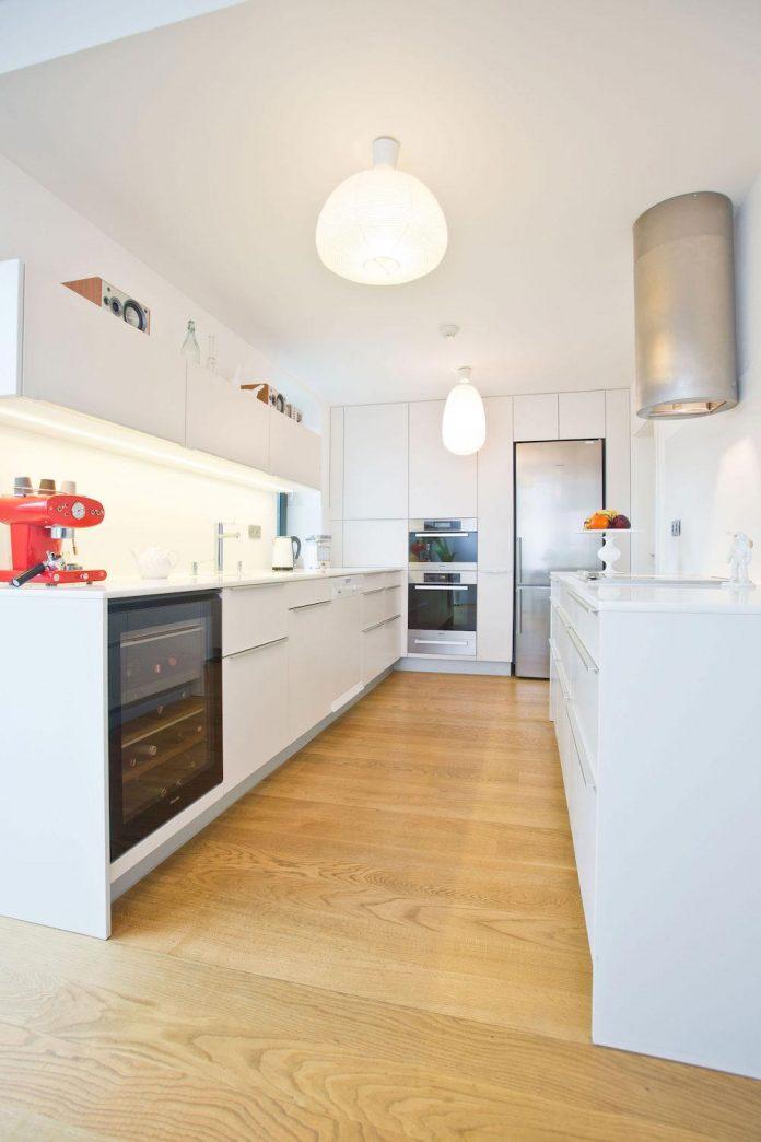 modern-concrete-villa-inga-designed-architekti-sebo-lichy-14