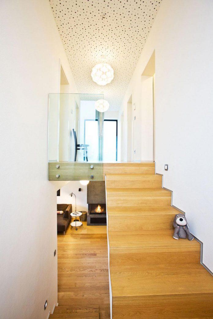 modern-concrete-villa-inga-designed-architekti-sebo-lichy-17