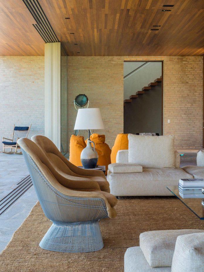 ms-contemporary-summer-house-studio-arthur-casas-08