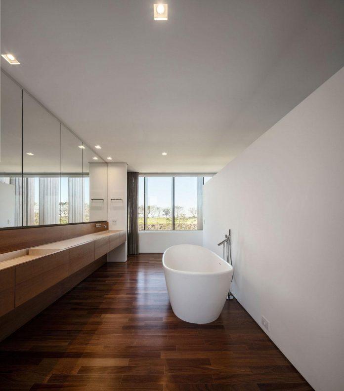 ms-contemporary-summer-house-studio-arthur-casas-14