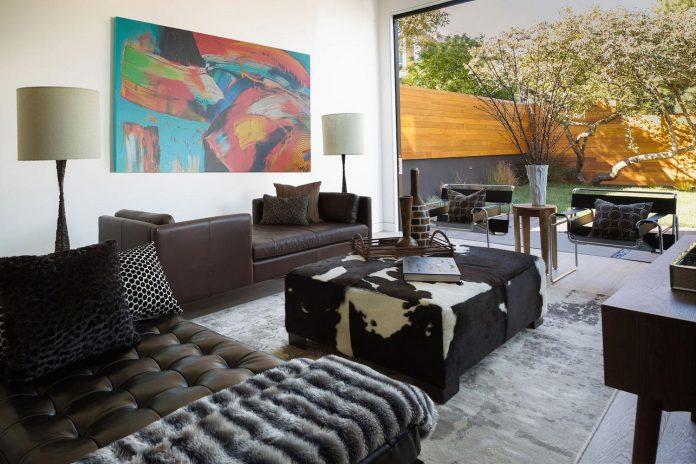 noe-valley-sleek-modern-home-san-francisco-skyline-views-favreau-design-05