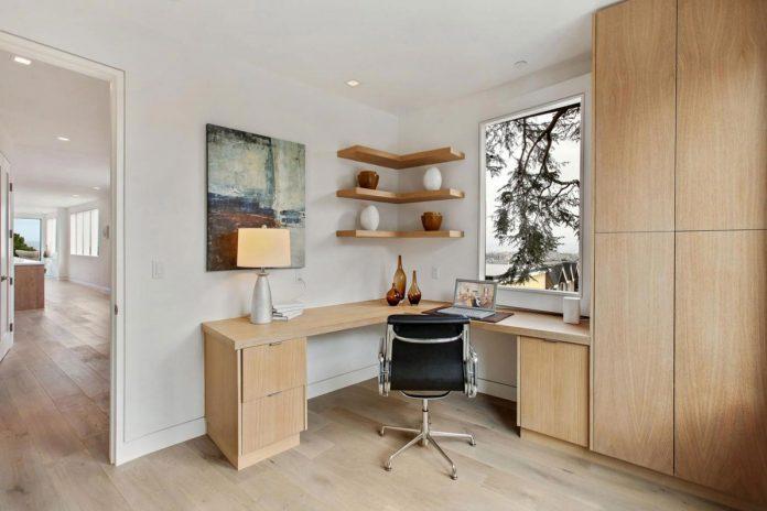noe-valley-sleek-modern-home-san-francisco-skyline-views-favreau-design-10