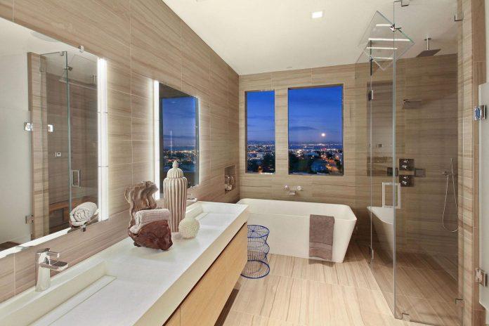 noe-valley-sleek-modern-home-san-francisco-skyline-views-favreau-design-11