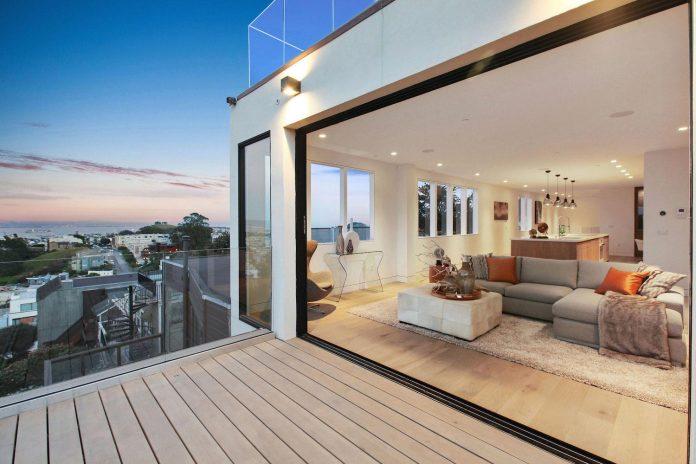 noe-valley-sleek-modern-home-san-francisco-skyline-views-favreau-design-13