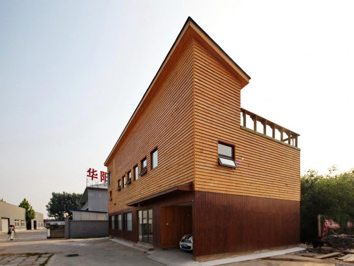old-brick-single-story-house-converted-wooden-three-stories-home-slow-office-beijing-02