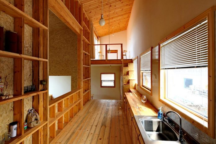 old-brick-single-story-house-converted-wooden-three-stories-home-slow-office-beijing-04