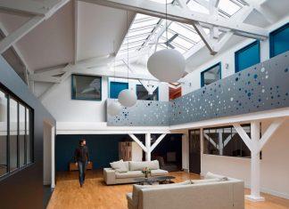 Old Carpentry turned into chic contemporary loft in Paris by Agnès et Agnès