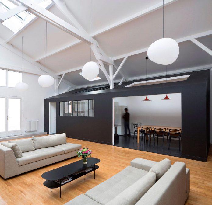 old-carpentry-turned-chic-contemporary-loft-paris-agnes-et-agnes-02