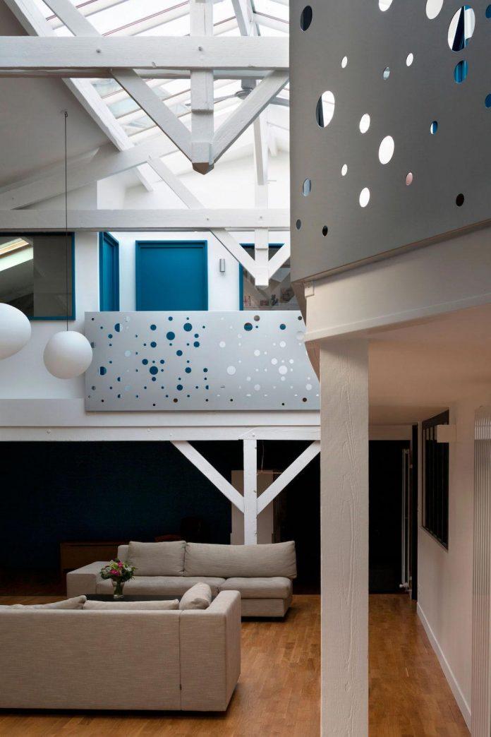 old-carpentry-turned-chic-contemporary-loft-paris-agnes-et-agnes-03