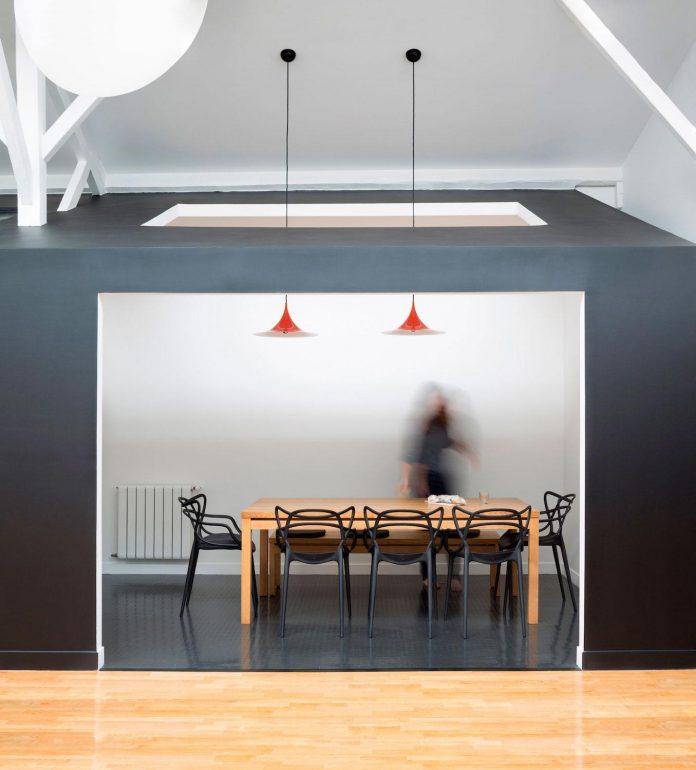 old-carpentry-turned-chic-contemporary-loft-paris-agnes-et-agnes-06