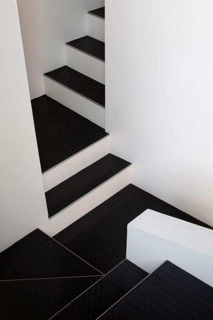 old-carpentry-turned-chic-contemporary-loft-paris-agnes-et-agnes-09