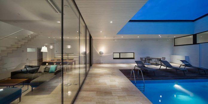 oleg-drozdov-design-ark-residence-providing-member-family-autonomous-spaces-08