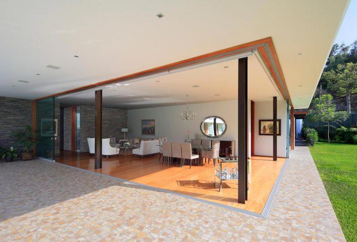 one-story-l-shaped-casa-lineal-lima-peru-designed-metropolis-oficina-de-arquitectura-11