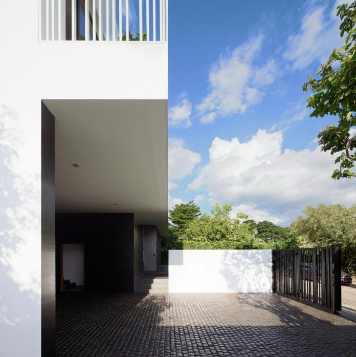 pk79-modern-residence-bangkok-thailand-ayutt-associates-design-04