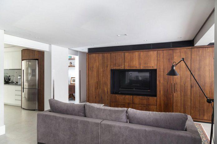 plaza-minimalist-apartment-designed-ambidestro-porto-alegre-brazil-05