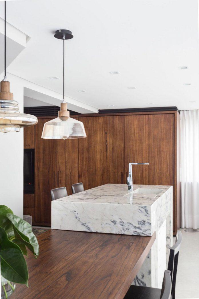 plaza-minimalist-apartment-designed-ambidestro-porto-alegre-brazil-11