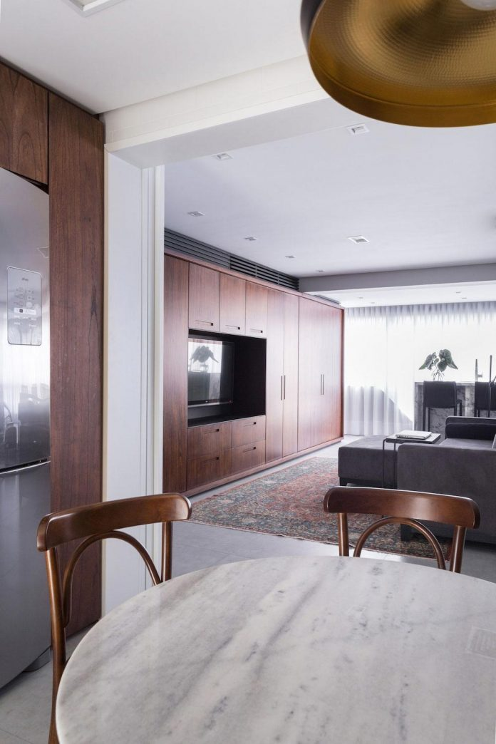 plaza-minimalist-apartment-designed-ambidestro-porto-alegre-brazil-13
