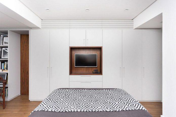 plaza-minimalist-apartment-designed-ambidestro-porto-alegre-brazil-25