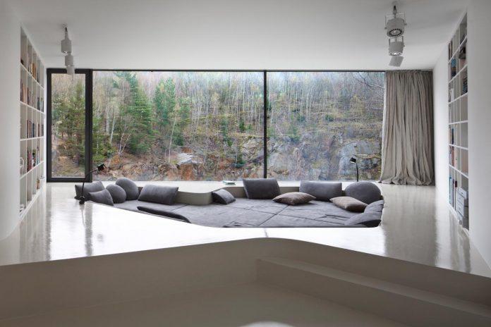 prototype-family-house-built-former-granite-quarry-posazavi-czech-republic-a69-architekti-10