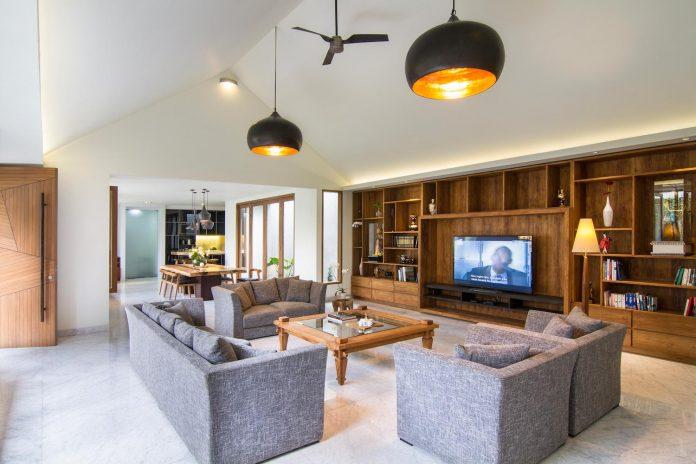 prv-a131-modern-contemporary-house-long-east-facing-land-parcel-e-re-studio-02