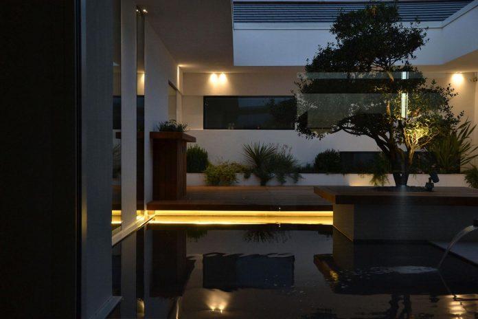 renovation-expansion-house-light-porto-viro-italy-davide-ferro-18