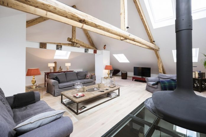renovation-interior-transformations-1920-manor-house-luxembourg-city-eric-pigat-architectural-design-02