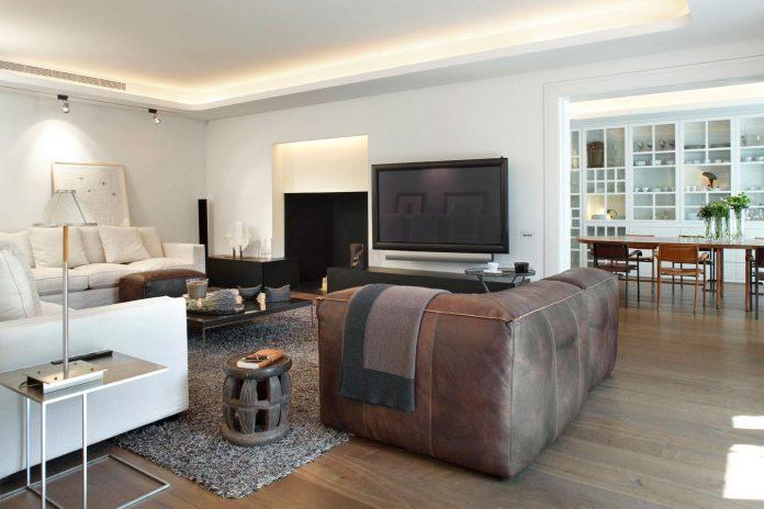 renovation-old-apartment-barcelona-made-gca-architects-01