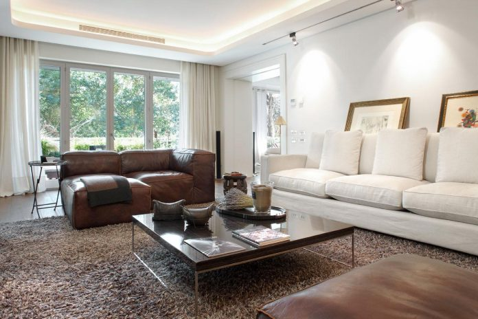 renovation-old-apartment-barcelona-made-gca-architects-03