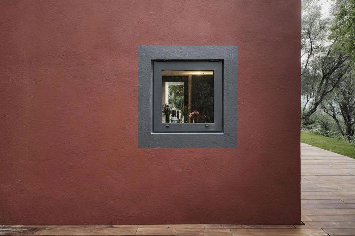 rural-home-renovation-sclos-de-contes-near-nice-france-designed-cyril-chenebeau-architecte-11