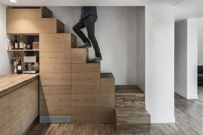 rural-home-renovation-sclos-de-contes-near-nice-france-designed-cyril-chenebeau-architecte-20