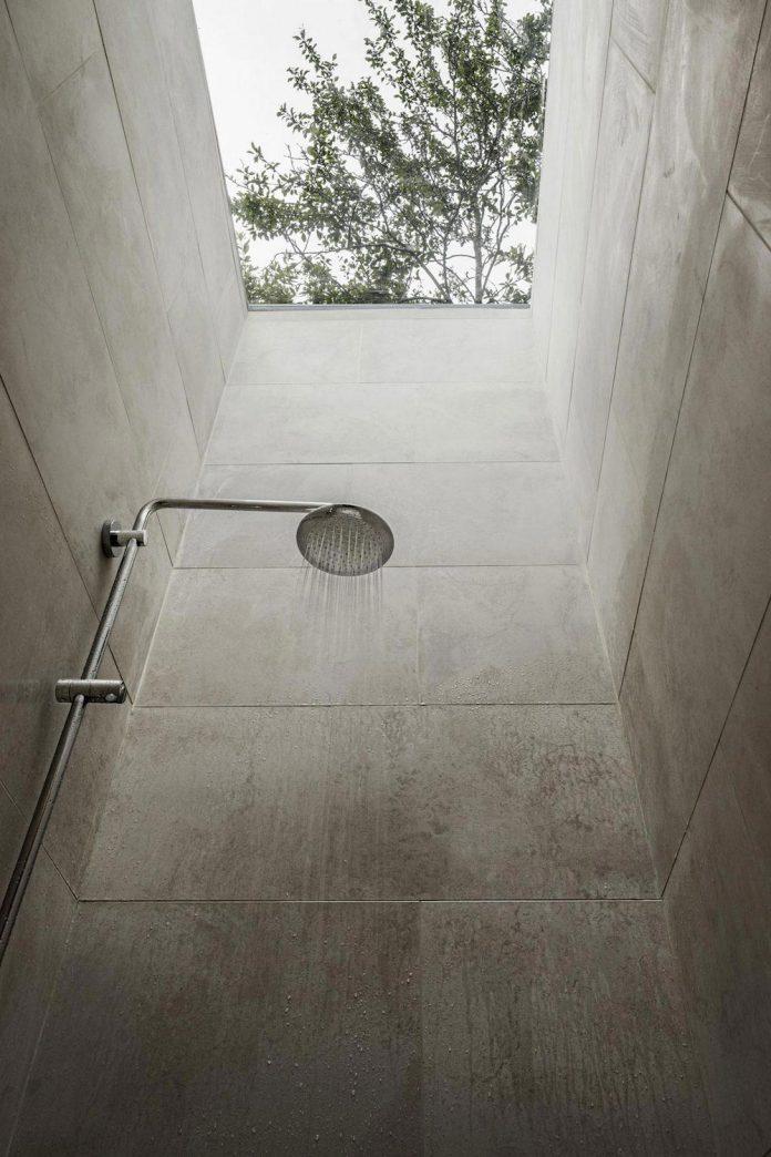 rural-home-renovation-sclos-de-contes-near-nice-france-designed-cyril-chenebeau-architecte-22