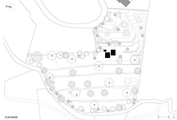 rural-home-renovation-sclos-de-contes-near-nice-france-designed-cyril-chenebeau-architecte-28