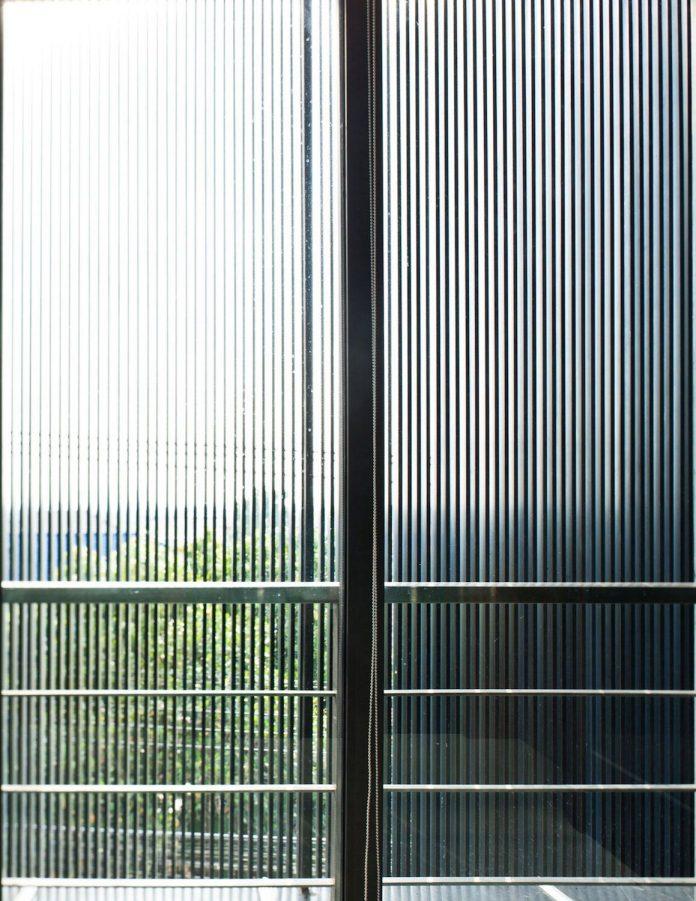 sammakorn-contemporary-residence-bangkok-designed-archimontage-design-fields-sophisticated-12