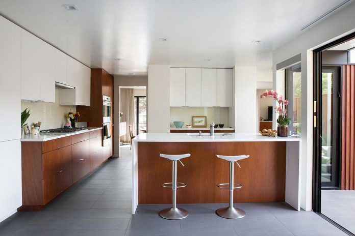san-francisco-eichler-remodel-brighter-home-clean-lines-klopf-architecture-07