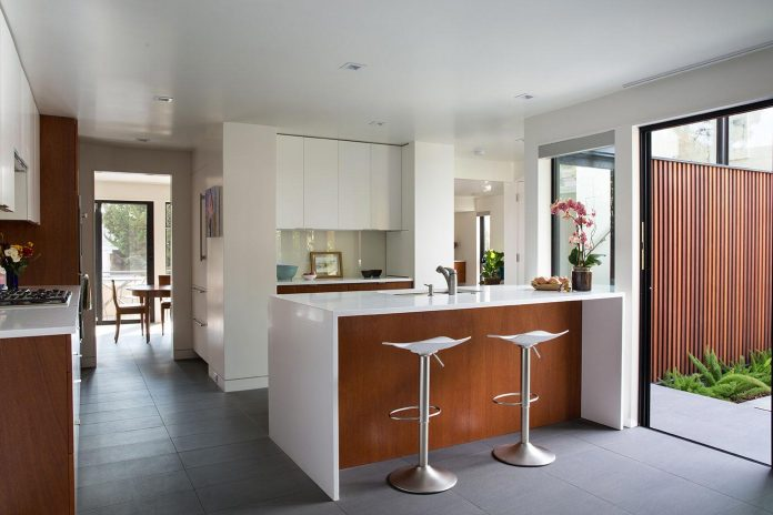 san-francisco-eichler-remodel-brighter-home-clean-lines-klopf-architecture-08