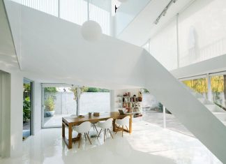 Shunyi pure all white two floor house near Beijing by reMIX Studio