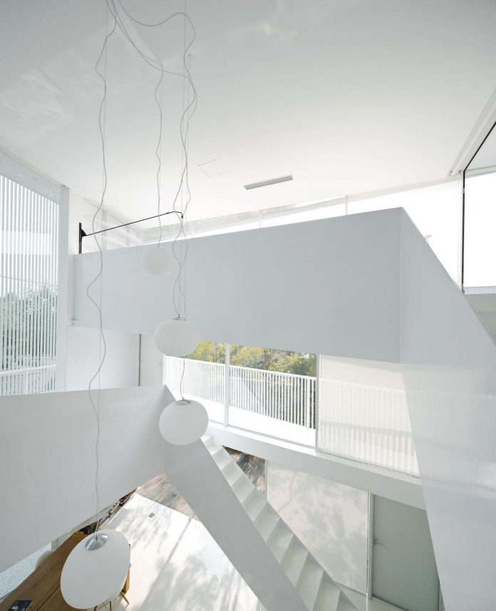 shunyi-pure-white-two-floor-house-near-beijing-remix-studio-14