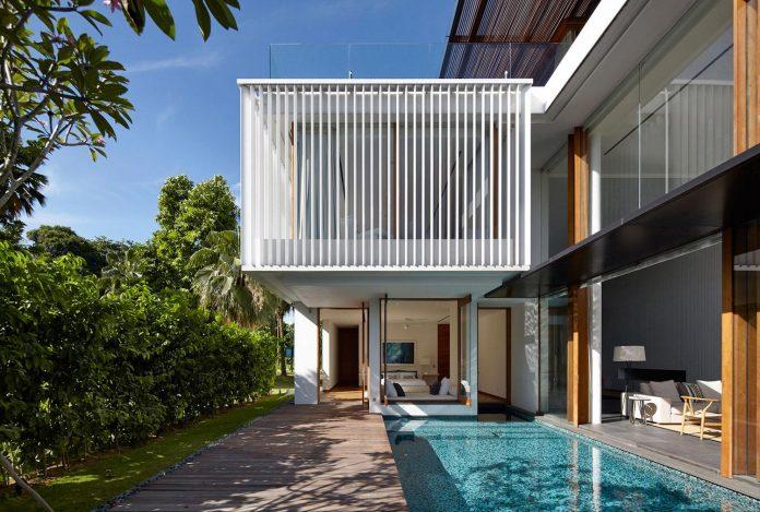 sophisticated-no-2-house-singapore-robert-greg-shand-architects-02