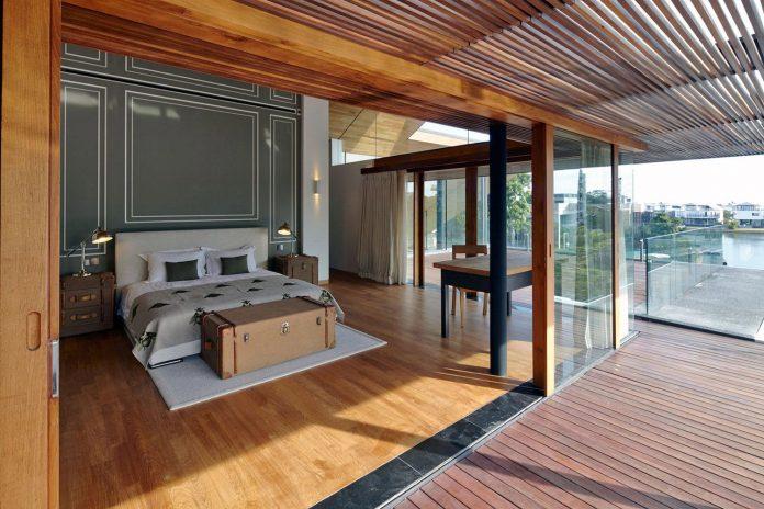 sophisticated-no-2-house-singapore-robert-greg-shand-architects-05