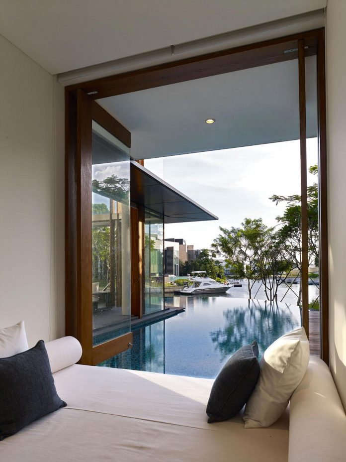 sophisticated-no-2-house-singapore-robert-greg-shand-architects-21