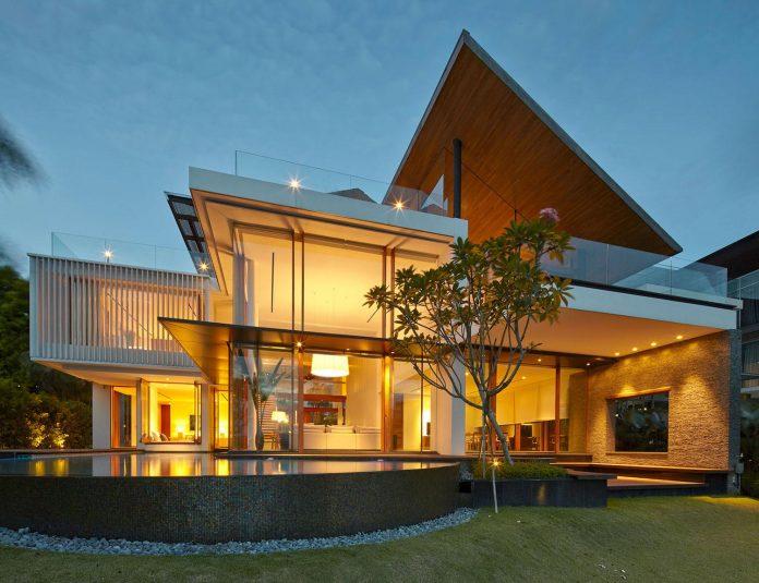 sophisticated-no-2-house-singapore-robert-greg-shand-architects-39