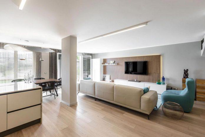 sophisticated-villa-bordighera-italy-designed-bright-natural-colours-sand-stone-sea-08