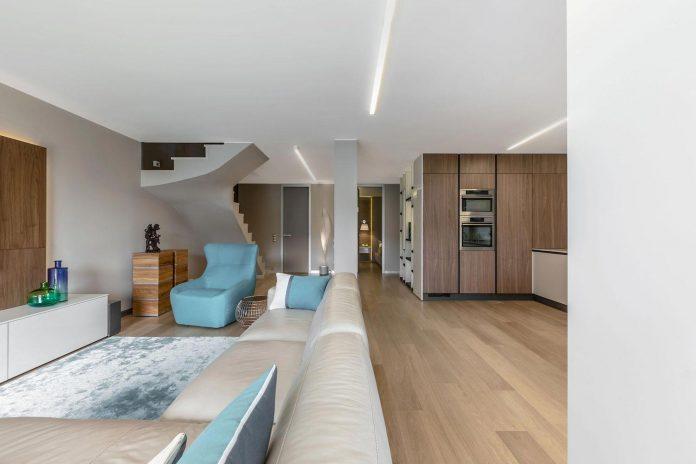 sophisticated-villa-bordighera-italy-designed-bright-natural-colours-sand-stone-sea-12