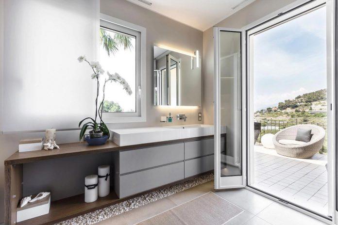 sophisticated-villa-bordighera-italy-designed-bright-natural-colours-sand-stone-sea-28