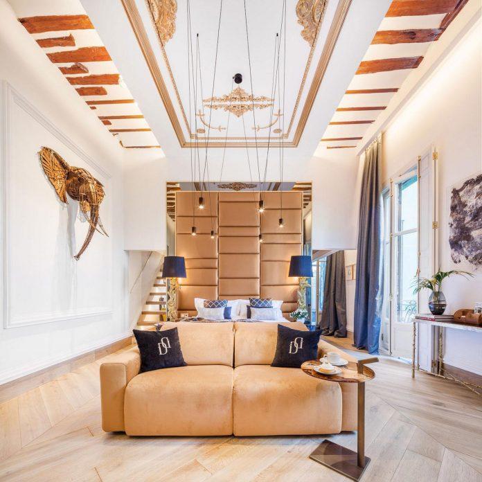 suite-splendeur-mix-different-styles-elements-rustic-barroco-modern-minimal-disak-diseno-de-interiores-03