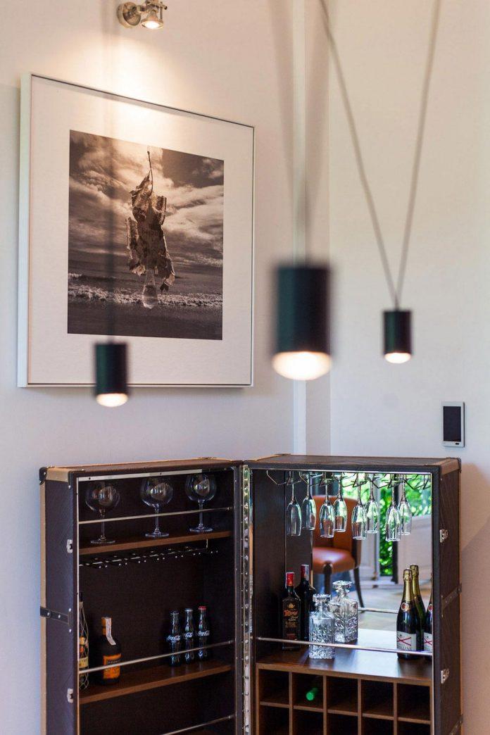 suite-splendeur-mix-different-styles-elements-rustic-barroco-modern-minimal-disak-diseno-de-interiores-09