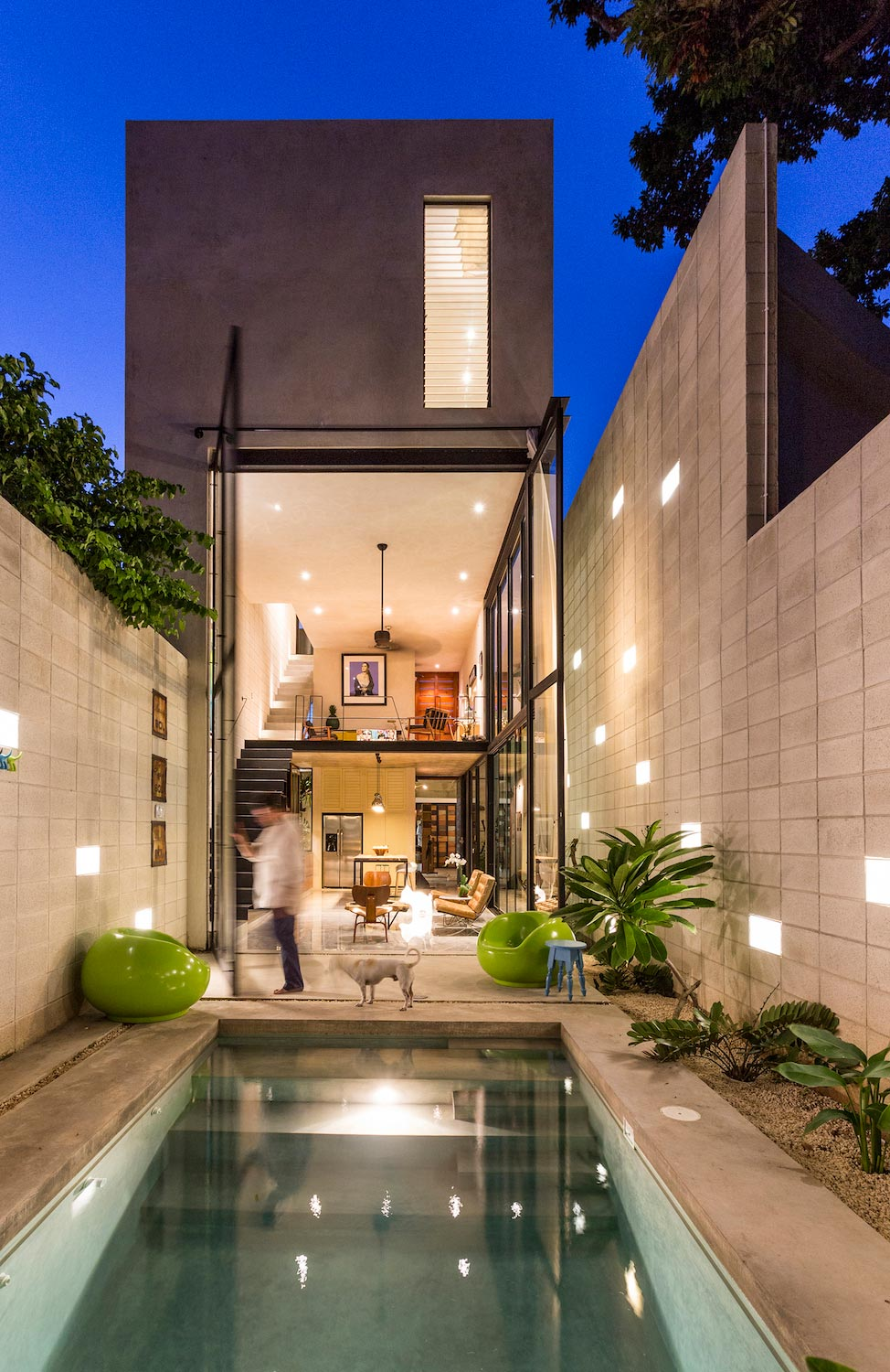 Taller Estilo Arquitectura design the Desnuda house made up by raw materials - CAANdesign | Architecture and home design blog